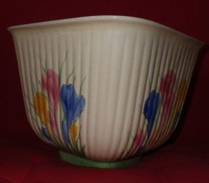 A Crocus pattern pot