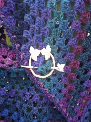 Handmade shawl pin and shawl made from British wool