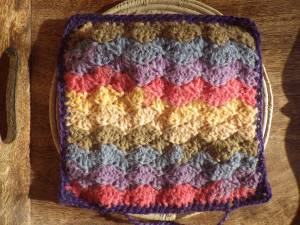 Shell stitch square