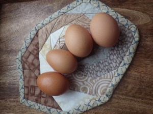 Two small eggs from Esme and two large ones from Aliss