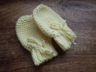 New mittens from scrap yarn