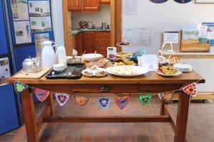 I felt compelled to make some bunting to decorate the cake table with