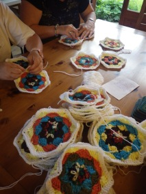 Sue and Denise start stitching